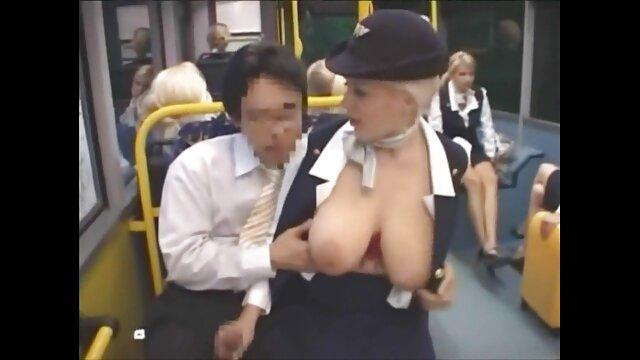 عارية فتاة حامل افلام سكس مجانية اجنبي يظهر فرجها