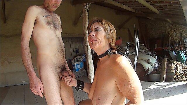 امرأة افلام سكس اجنبية مجانية مع كبير الثدي لمدة سنتين المكبس