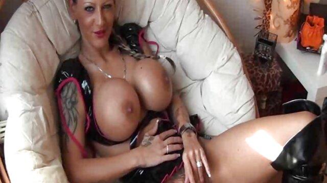 أشرطة الفيديو الإباحية في افلام سكس مجانية اجنبي الحمام