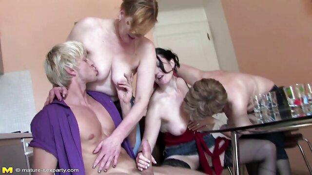 من الصعب الجنس الخشن مع سكساجنبي مجاني فتاة في المرحاض