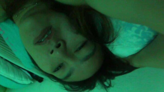 فتاة الدهون استمنى لها مقاطع سكس اجنبي مجاني L. أمام كاميرا مراقبة على الانترنت